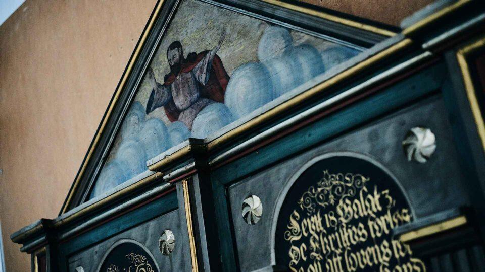 Konservering og restaurering af kirkeinventar. Harlev Kirke